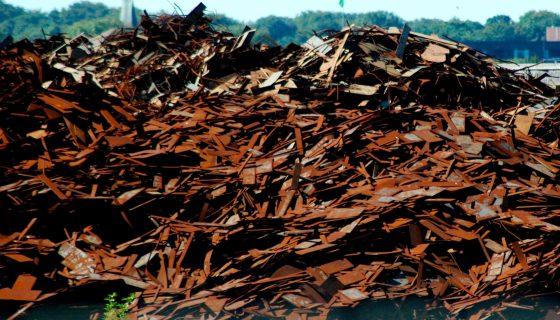 Afvalberg oud ijzer